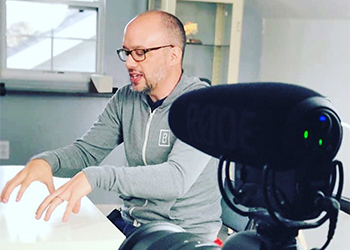 Dr. Jeff Langmaid Uses His Recording Equipment Kit to Shoot a New Marketing Video for His YouTube Channel