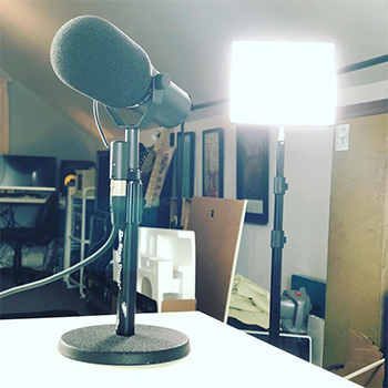 Smart Chiropractor Co-Founder Jeff Langmaid Takes a Photo of His Go To Recording Equipment Quick Kit